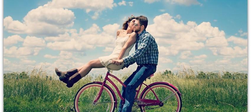 couple-engagement